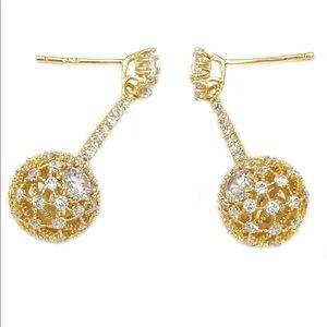 Small crystal bolus pendant earrings
